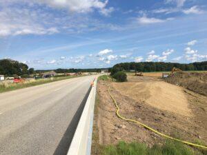 Arbete med råvattenledning på två sidor om väg 113