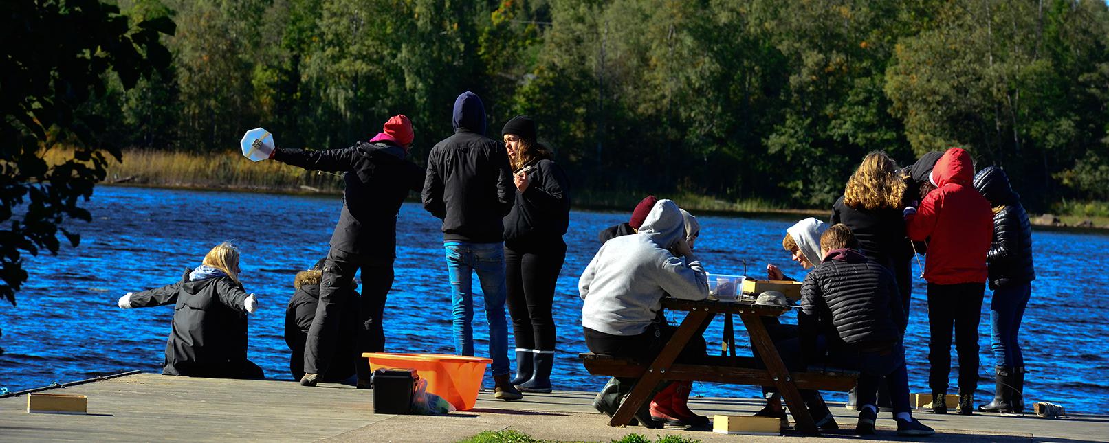 Ungdomar vid Tänk H2O!