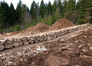 Stenmur återställd vid färdigställande av mark